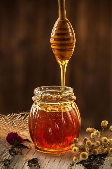 Do Vegans eat honey