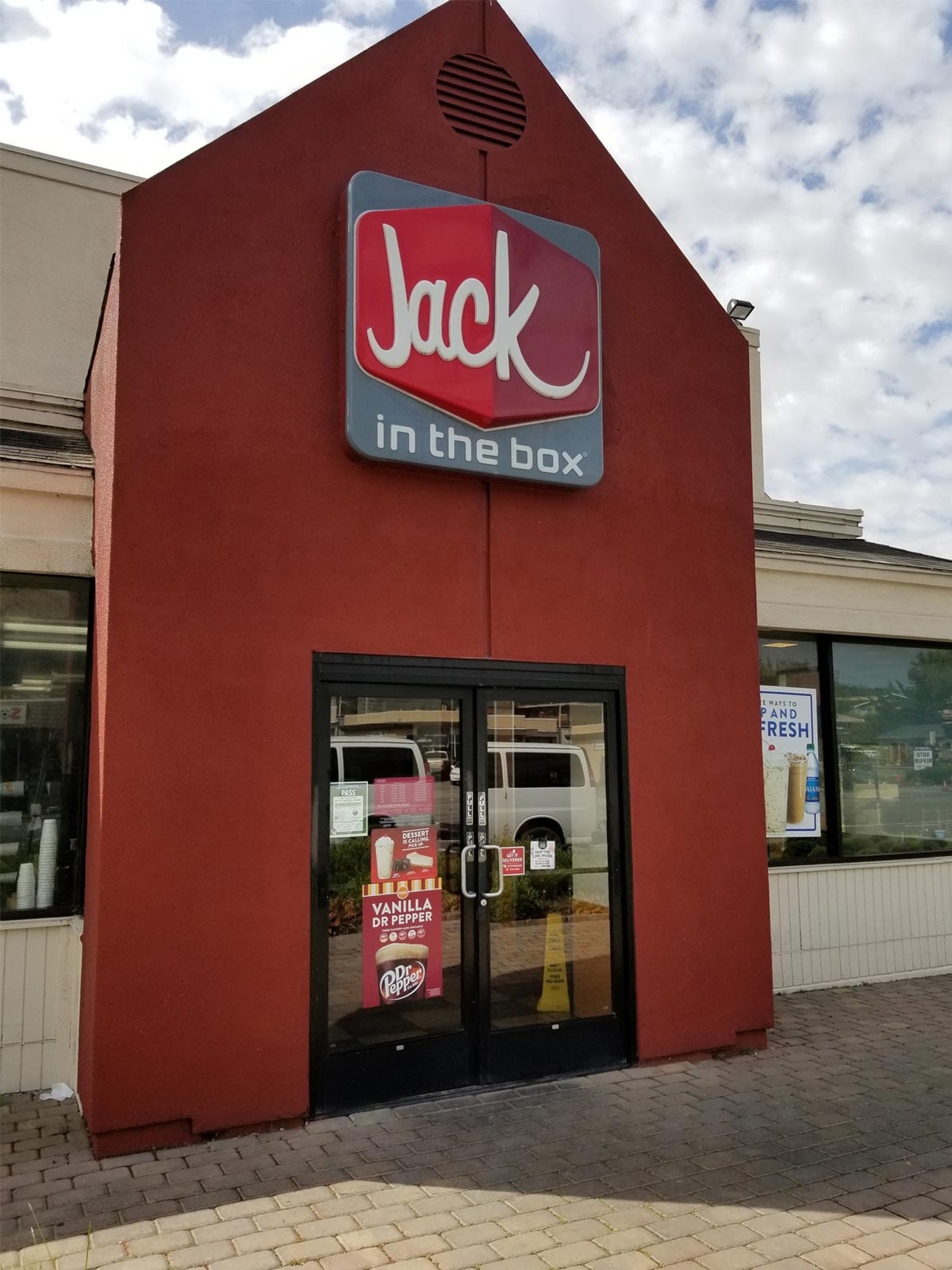 JACK IN THE BOX OUTLET